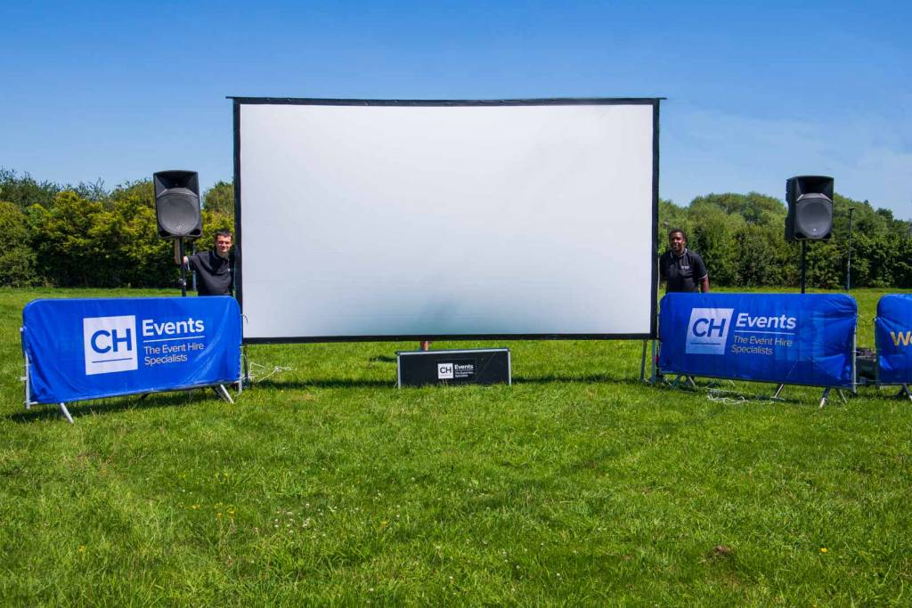 cinema hire, screen hire, pop up cinema hire, outdoor cinema hire, indoor cinema hire, projector hire